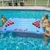Pripuciamas Beer Pong plaukiojantis zaidimas