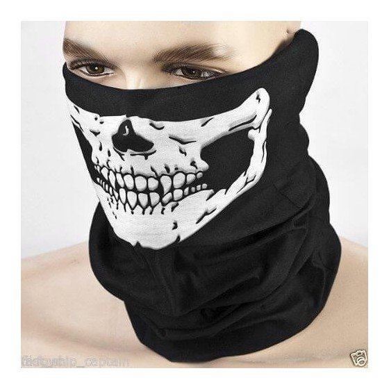 Skeleto veido karnavalinė kaukė